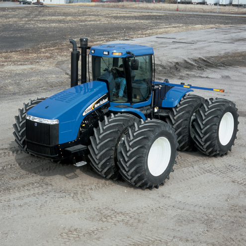 New_Holland_tractor.jpg